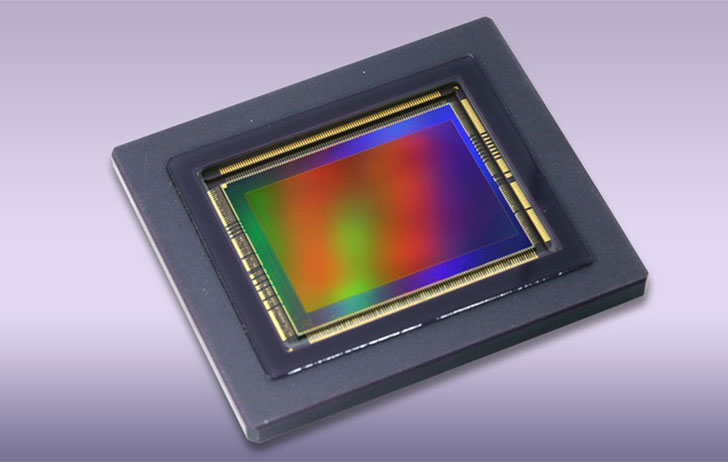 Canon publishes a paper discussing a new 3.4 μm pixel pitch global shutter CMOS image sensor with dual in-pixel charge domain memory