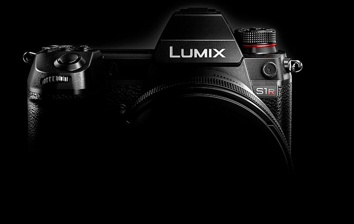 Industry News: Panasonic Develops Two Models of Its First Full-Frame Mirrorless Camera