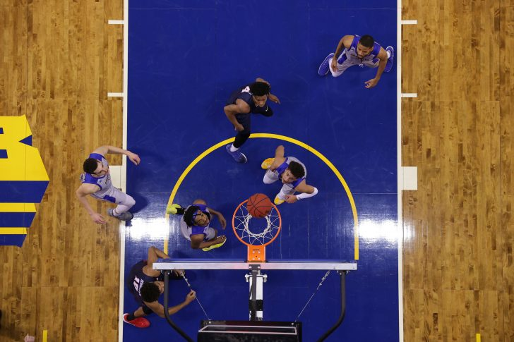 SJSU Basketball2 728x485 - Terrell Lloyd - From Avid Fan to Photography Dream Job