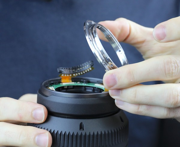 word image 11 - Lensrentals.com: Canon RF 600mm f/11 IS STM Teardown