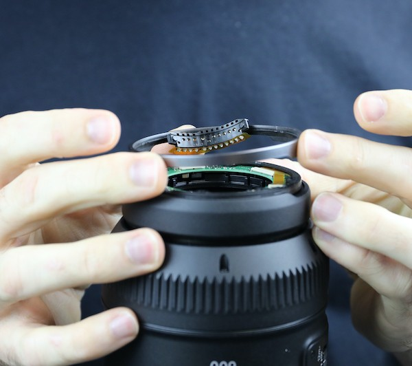 word image 12 - Lensrentals.com: Canon RF 600mm f/11 IS STM Teardown