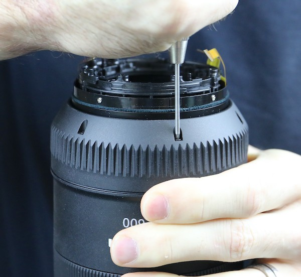word image 15 - Lensrentals.com: Canon RF 600mm f/11 IS STM Teardown