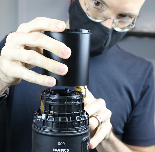 word image 21 - Lensrentals.com: Canon RF 600mm f/11 IS STM Teardown