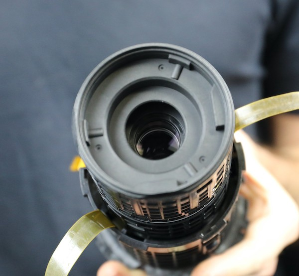 word image 48 - Lensrentals.com: Canon RF 600mm f/11 IS STM Teardown
