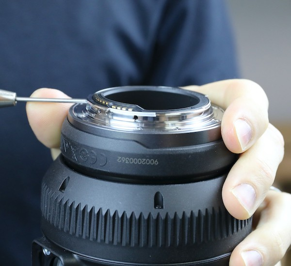 word image 8 - Lensrentals.com: Canon RF 600mm f/11 IS STM Teardown